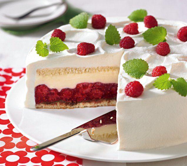 Eine verführerische Torte aus Biskuit, Himbeeren und einer Mascarponecreme.