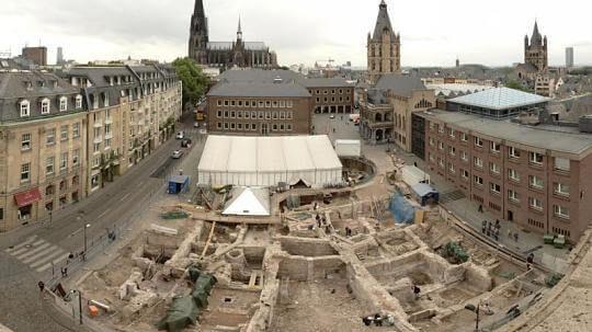 Colônia: Ruínas da Antiga Sinagoga!
