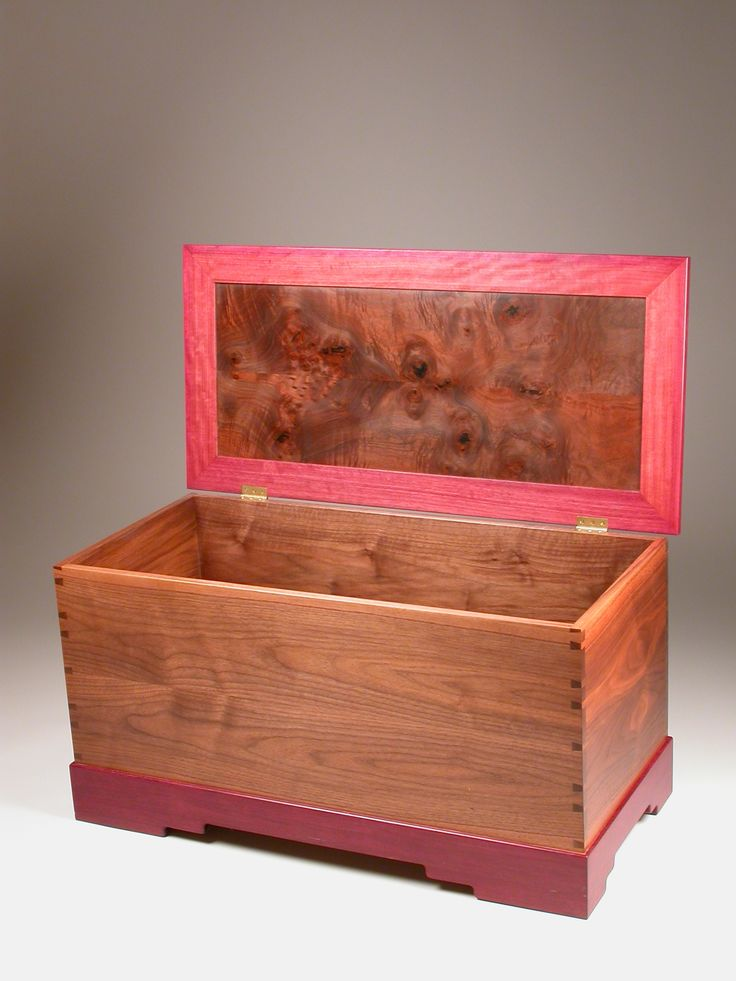 Fine woodworking blanket chest plans woodworking for Blanket chest designs