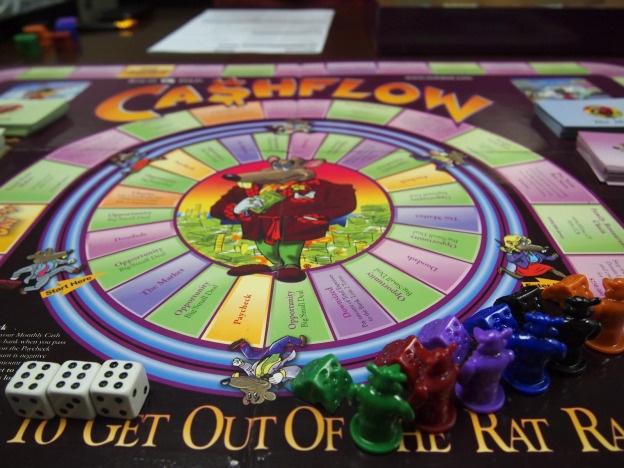 Har du lyst til å lære deg å komme til finansiell uavhengighet på en morsom måte? http://smartedge.no/ukategorisert/har-du-lyst-til-a-laere-deg-a-komme-til-finansiell-uavhengighet-pa-en-morsom-mate/ #cashflow #robertkiyosaki #ratrace