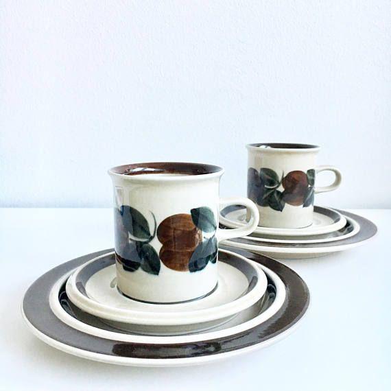Coffee cup set include saucer dessert plate Vintage Arabia
