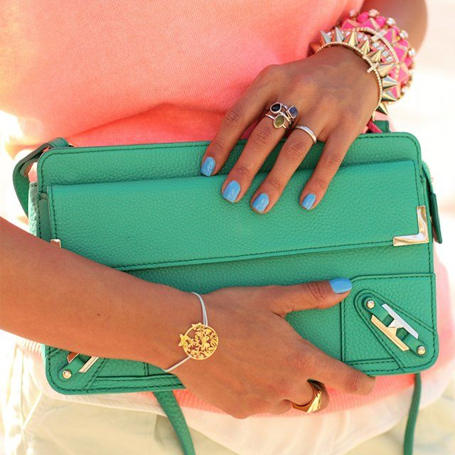 Green Clutch / Rebecca Minkoff: Stackable Rings, Coral, Fashion Ideas, Color Combos, Rebecca Minkoff, Summer Color, Color Combinations, Bags, Blue Nails