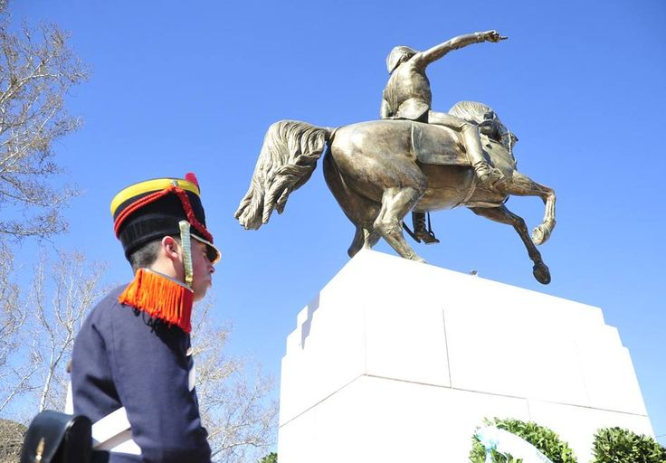 Un recuerdo inmoborrable será el Desfile del 164º aniv. del Fallecimiento del General José de San Martín
