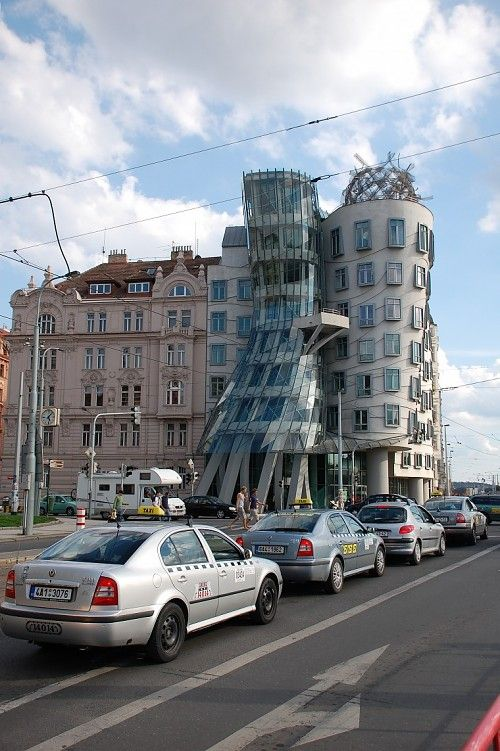 "Frank Gehry's ""Ginger and Fred"" building in Prague: Playfully Postmodern or Seriously Post-Apocalyptic?"