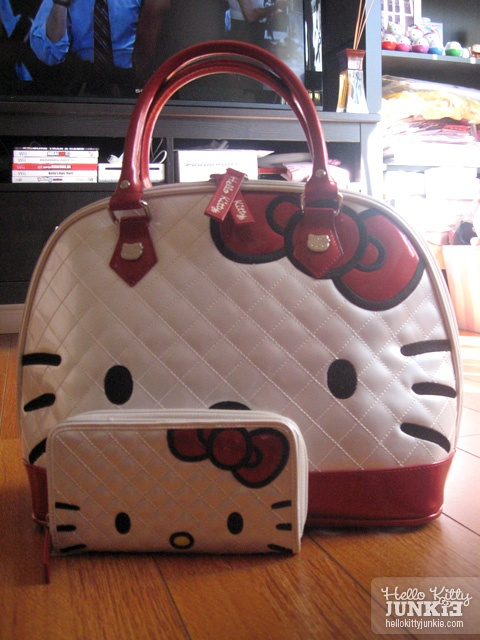 Hello Kitty Quilted Face Tote Bag + Wallet by Loungefly - in black