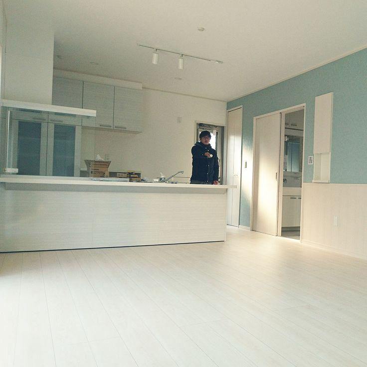 キッチン 注文住宅 白い床 白フローリング Lixilキッチン などのインテリア実例 2017 11 24 23 36 06 Roomclip ルームクリップ リビング インテリア 白い床 インテリア 床 白