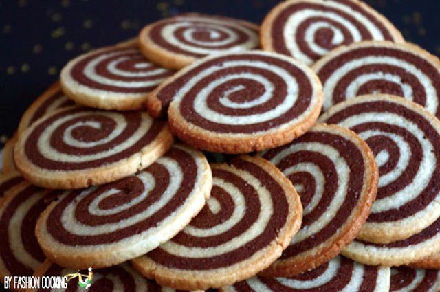 Sablés spirale vanille chocolat - Recette de Cuisine ~ Mademoiselle Cuisine : recettes...