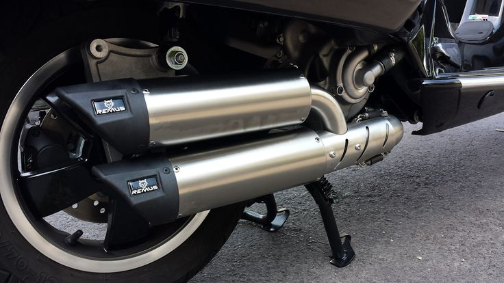 Vespa GTS 125 ie with Remus Exhaust
