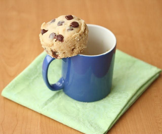 Chocolate Chip Mug Cookie | Kirbie's Cravings | A San Diego food blog So I tried it and it was easy enough. And it did look like a fat chocolate chip cookie. It wasn't your typical oven baked cookie texture, but that's because it's made in the microwave. It's not going to make my list of favorite cookie recipes, but it does the trick. It's fast, easy, minimal clean up and it tastes like a cookie.