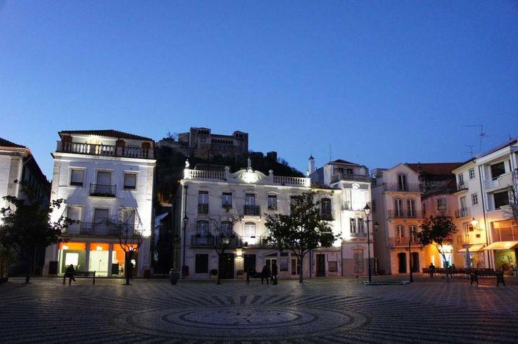O UE VISITAR EM LEIRIA - #5 Praça Rodrigues Lobo: a porta para o centro histórico