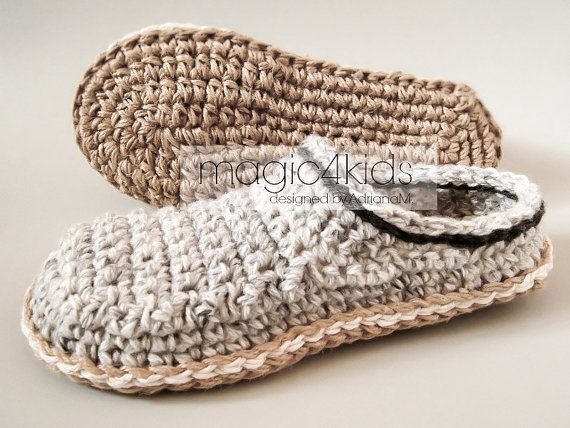 MAKE THESE BEAUTIFUL SLIPPERS FOR THE MEN THAT YOU LOVE IN HIS FAVORITE COLORS OR AS GIFTS FOR ANY OCCASION TO YOUR FAMILY MEMBERS OR FRIENDS. THESE SLIPPERS WILL BE THEIR FAVORITE SLIPPERS BECAUSE THEY ARE WARM AND COZY. THE JUTE ROPE SOLES ARE RIGID AND FEELS LIKE REAL SOLES. MAKE DOUBLE SOLES (YOULL FIND THE GUIDE INTO THE PATTERN) AND THEYLL LAST LONGER. THE JUTE ROPE SOLES ARE BREATHABLE SO THE FEET SWEAT IS ZERO. YOU CAN FIND YARN AND ROPES IN ALMOST ANY COLOR , SO..... BE CREATIVE ! ❤…
