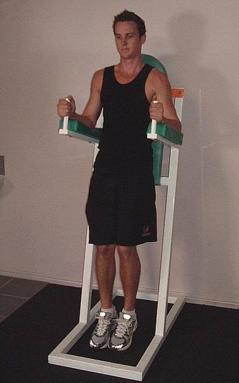 Captains chair leg raise muscles worked - 25 Best Hanging Leg Raises Ideas On Pinterest Gym Workouts Women Bubble Butt Workout And Gym Leg Workouts