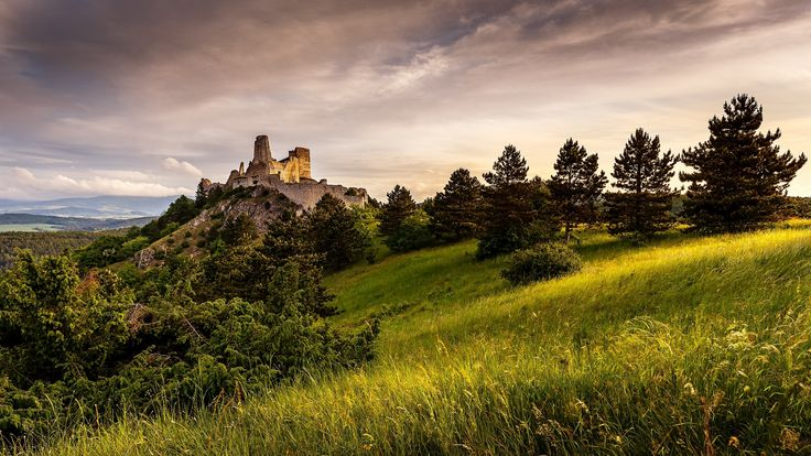 "Sunrise at Bathory castle - Follow me on <a href=""https://www.facebook.com/lubosbalazovic.sk"">FACEBOOK</a> or <a href=""https://www.instagram.com/balazovic.lubos"">INSTAGRAM</a>"