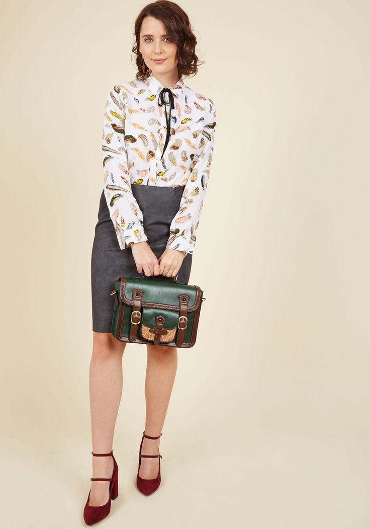 Cottage Visit Bag in Pine. Packed with a good read and all the other necessities, this faux-leather satchel accompanies you on a day trip away from it all. #green #modcloth