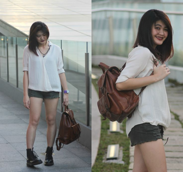 Top: Astradivarius, Shorts: Mango, Bag: Prada, Boots: Dr.
