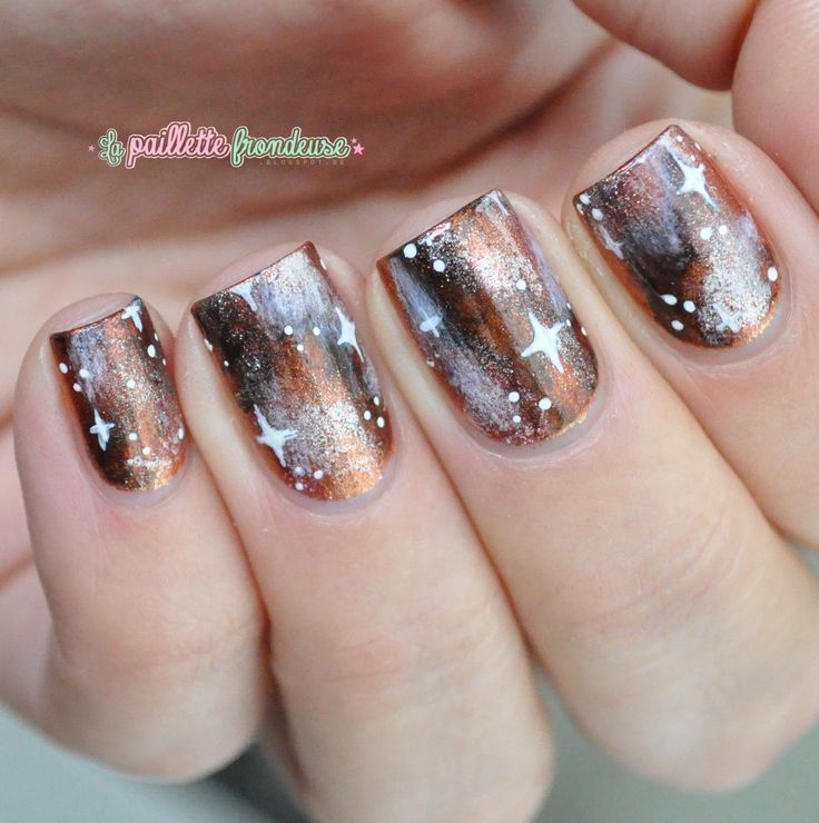 Nailstorming galaxy nails - warm Brown and copper autumn galaxy nails - #nail #nailart - http://lapaillettefrondeuse.blogspot.be/2014/09/nailstorming-74-galaxy-nails.html