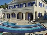 Private holiday accommodation in Perithia, Nr. Kassiopi, Corfu, Greek Islands GR1137
