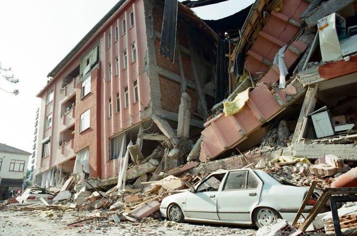 DOĞAL AFETLER DOSYASI /// PROF. DR. AHMET VEFİK ALP : Egelileri Uyarmıştım : Deprem Ölüm Riskinde Izmi r Dünya 7 cisi…..