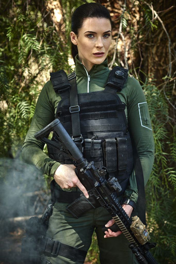 Bridget Regan looks almost exactly like Sonya in her role in The Last Ship ...