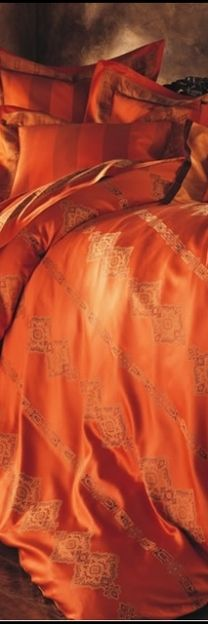 ❤ opulent bedding, surround your space with tangerine!