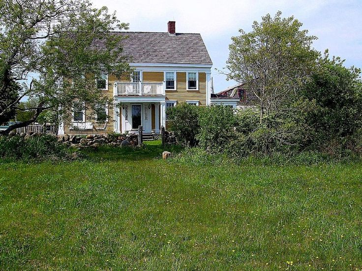 House vacation rental in Wakefield, South Kingstown, RI, USA from VRBO.com! #vacation #rental #travel #vrbo