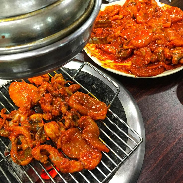 Myeongdong Korea Travel: Exclusive list of famous local resturants uncovered by foreign ppl yet! Creatrip - 明洞旁的美食客探險:血拚後的晚餐
