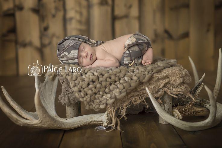 Newborn Photos | Newborn Photography | © Paige Laro Photography | Studio Photography | Hunting theme | camo | buck horns | http://www.PaigeLaroPhotography.com