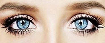 Jemné líčenie pre modré oči