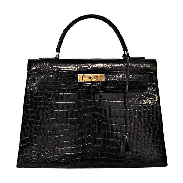 HERMES VINTAGE BLACK CROCODILE 32 CM KELLY BAG ❤ liked on Polyvore featuring bags, handbags, hermes, purses, bolsas, hermes bag, hermes handbags, crocodile handbags, hand bags and man bag