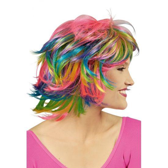 Roze, groen, blauw en gele Pixie pruik. Pruik met roze, groen, blauw en gele accenten. Wilde korte coupe met pony.