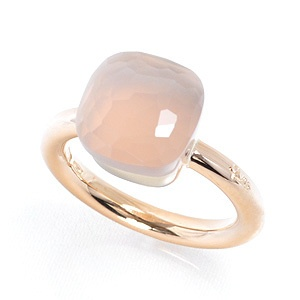 Pomellato rose quartz ..... Want it