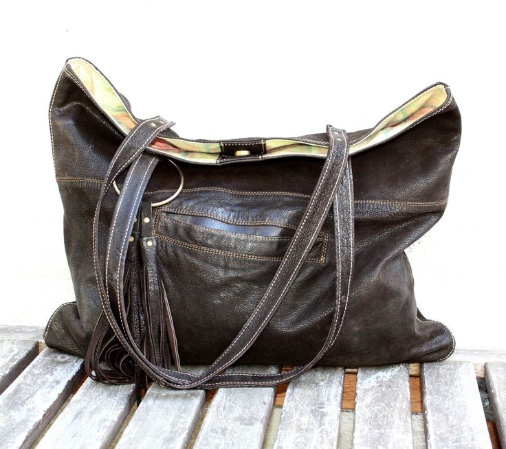 Beautifull soft nubuck city bag