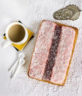 Iced VoVo Cake by raspberri cupcakes