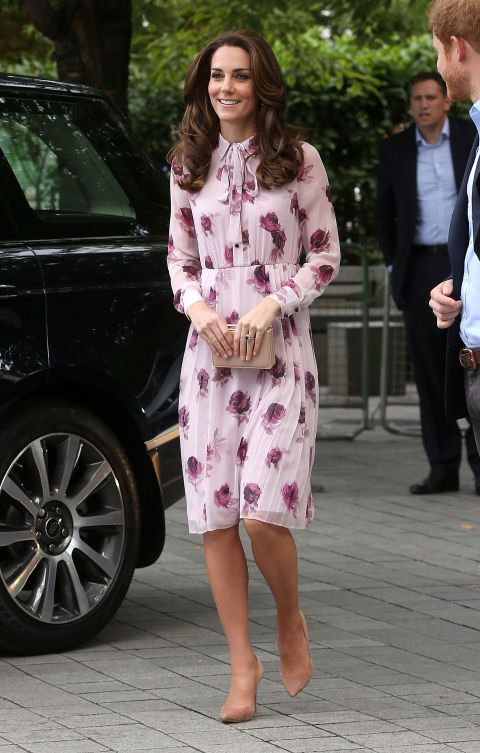 Kate (Middleton) wearing Kate (Spade) while arriving for the World Mental Health Day with Heads Together event at the London Eye. Kate on Kate is a pairing we're definitely loving.