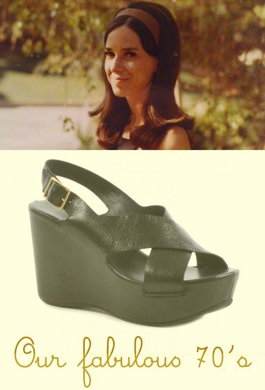 #Sandalo incrociato con zeppa by Roberto Del Carlo: di nuovo in pista! http://bit.ly/1aLbFN1 #shoes #scarpe #moda #vintage #zeppe