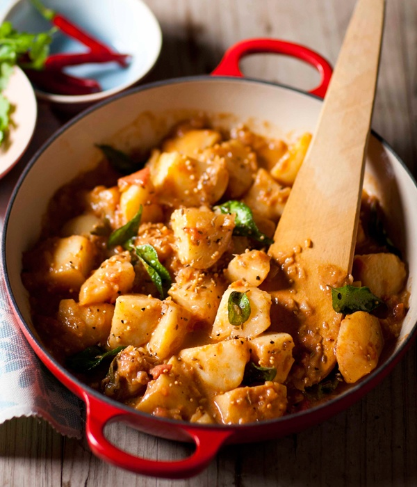 This potato and tamarind curry marries interesting flavours. #picknpay