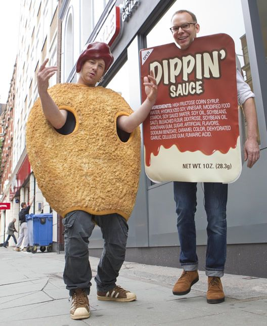 mcnugget + dipping sauce (that's jamie oliver + the chipotle ceo steve ells!)