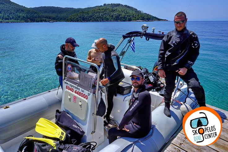 Skopelos Dive Center organizes guided dives and safaris by boat for all qualified divers in the amazing underwater environment of Skopelos