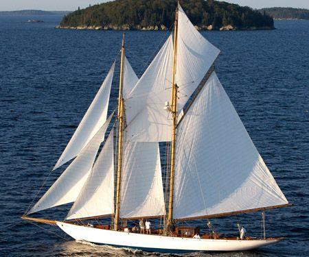 """Schooner yacht """"Adventuress"""""""