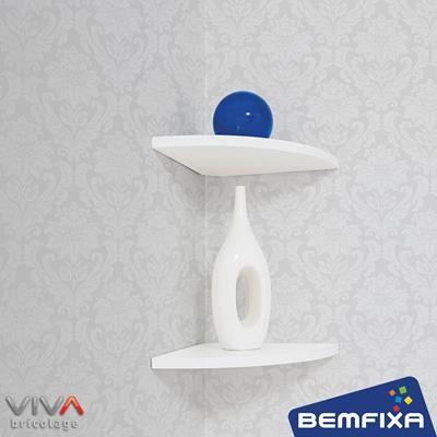 Prateleira de Canto - Linha Formato VIVA Bricolage, da Bemfixa. Com suportes invisíveis.
