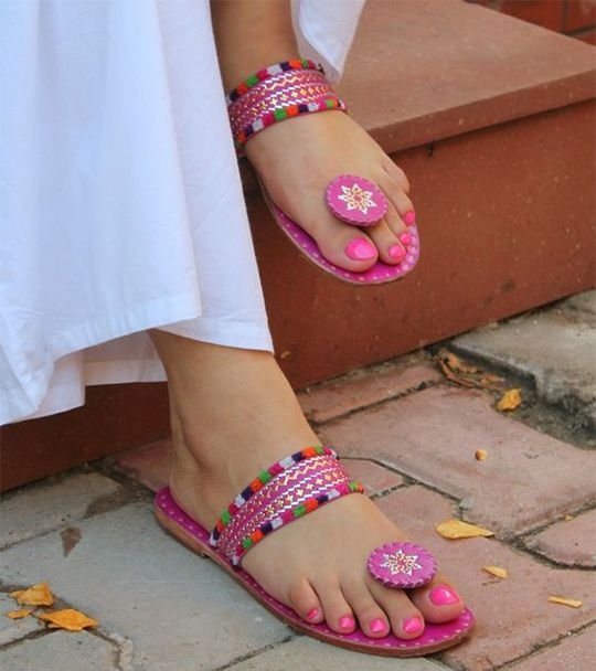 Walk in Comfort and Style Women are tired of a new pair of a shoe to add to their shoe closet as they need to match their shoes with their makeup, accessories, and appearances. To find your ultimate destination of latest collection handcrafted Kalhapuri Design Women shoes and chappals, shop online at SilkRute.com. We also offer free shipping in India.  Starts at just Rs 400/- Only