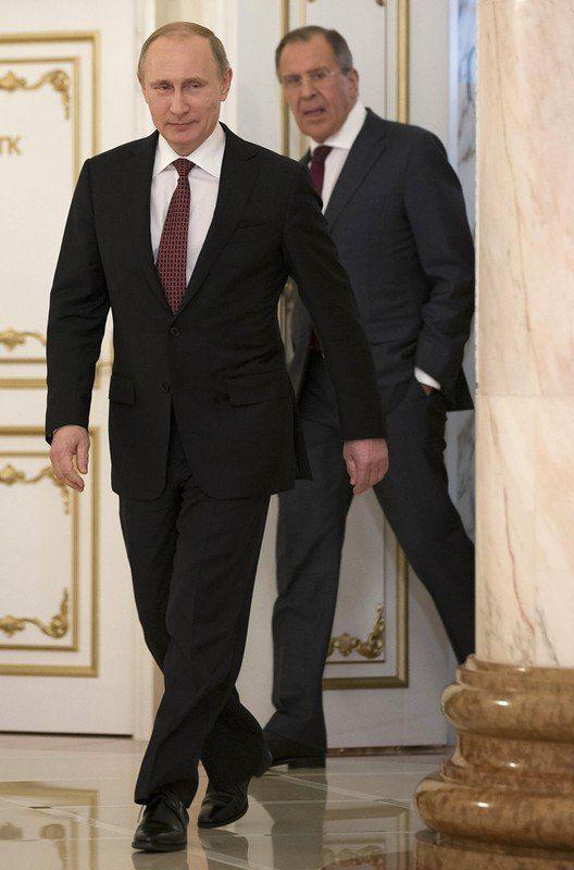 """Гамбургская встреча Путина и Трампа: """"Подождите, мы сверимся с расписанием"""""""