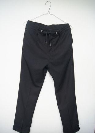 Kup mój przedmiot na #vintedpl http://www.vinted.pl/damska-odziez/chinosy/13351664-czarne-chinosy-w-kant-mankiet-hm-78