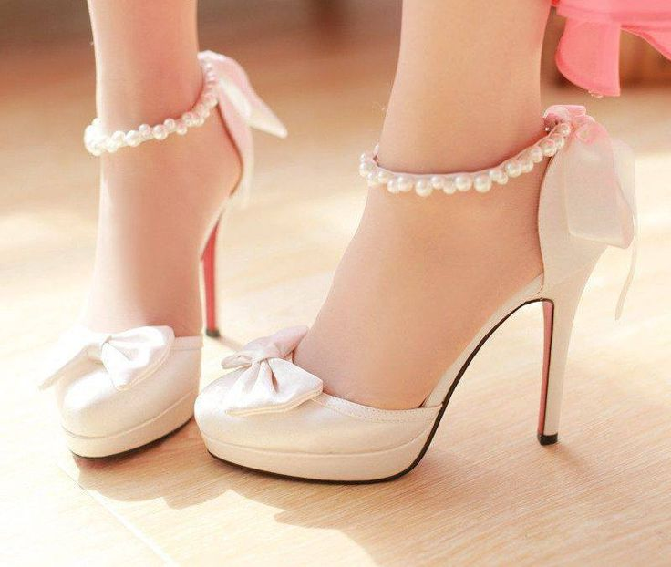 shoes, heels, cute, girly, pearls, baby pink, bows, love, want ...