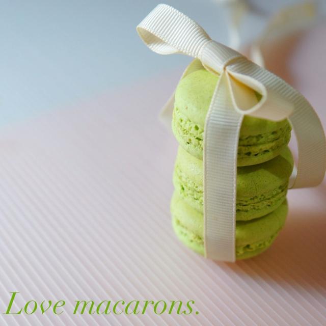 Love macarons indeed!