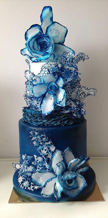 Denim - by luciasimeone @ CakesDecor.com - cake decorating website - blue wedding cake
