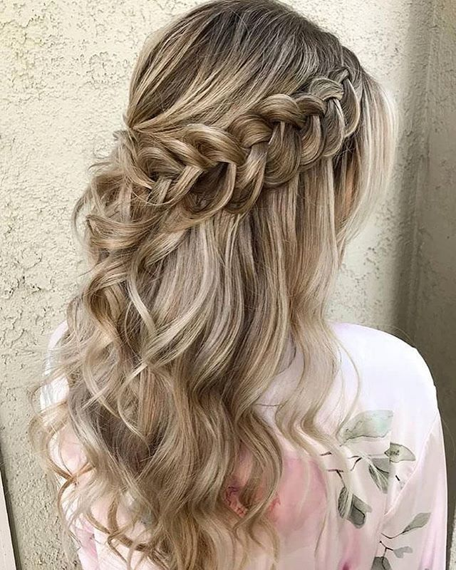 64 Schone Frisuren Madchen In 2020 Braided Hairstyles For Wedding Medium Hair Styles Wedding Hair Down