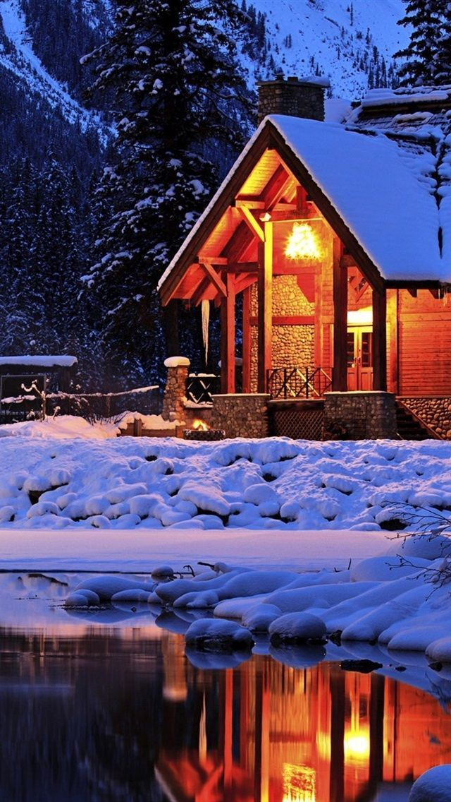 Dieses Wallpaper Herunterladen Cosy Cabin Winter Ist Hd Wallpaper Hintergrunde Fur In 2020 With Images Cozy Cabin Cabin Winter Landscape