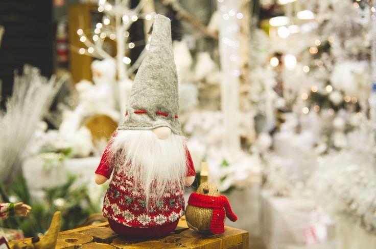 Besoin d'inspiration pour vos décorations de Noël? Regardez nos capsules vidéo «LES CONSEILS DE MANON». Tous les articles présentés sont disponibles en magasin. Vous n'avez qu'à suivre la recette présentée par Manon. À vous de jouer!