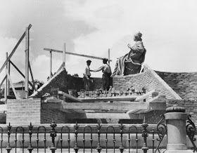 Madrid. Protegiendo La diosa Cibeles de los bombardeos franquistas. Guerra civil española.   Imatgine - bloc dedicat a la imaginació: Fotògrafs amb història: Gerda Taro (1910-1937) 3/3